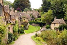 Bilbury, thought by some to be the most beautiful village in England, certainly the most photographed.