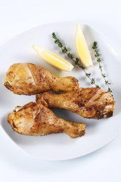 Kuracie stehná s citrónom a rozmarínom - Recept pre každého kuchára, množstvo receptov pre pečenie a varenie. Recepty pre chutný život. Slovenské jedlá a medzinárodná kuchyňa