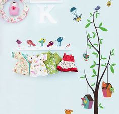 Modelos de árvores em adesivo ou EVA para paredes de quarto de bebês.   Oi pessoas!     Mais algumas ideias de arvores para decoração do qu...