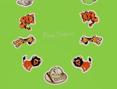 Safari Banner Personalized Safari Hat Safari Party Custom Made Banner for You Lion Giraffe Tiger Elephant Banner Zoo Birthday Circus Banner by PartySurprise on Etsy Baby Boy Balloons, Jungle Balloons, Number Balloons, Birthday Balloons, Zebra Cupcakes, Safari Cupcakes, Zoo Animal Party, Zebra Decor, 1st Birthday Party Decorations
