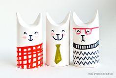 トイレットペーパーの芯の片方をつぶしてペイントすれば可愛い猫の人形ができあがり。 家族の顔を描いてごっこ遊びも楽しそう。