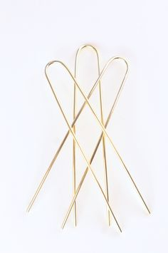 // 18k gold french hair pins