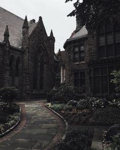 architecture is the BOMB architecture is the BOMB,Building Reference Architektur ist die Bombe Dark Green Aesthetic, Gothic Aesthetic, Slytherin Aesthetic, Paradis Sombre, Gothic Architecture, Ancient Architecture, Draco Malfoy, Aesthetic Pictures, Light In The Dark