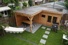 L-vorm Douglas houten overkapping met berging / tuinhuis - terrasoverkapping plat dak