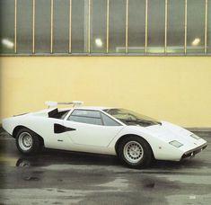 ウルフ氏が最初に購入したのは量産4号車となるS/N:1120007