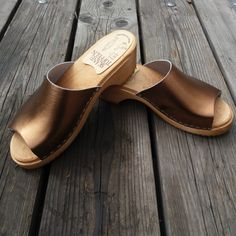 60 Best TOFFLOR images | Wooden shoes, Clogs, Shoes