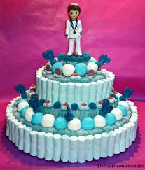 tarta chuches comunion niño - Buscar con Google Gomi Gomi, Sweet Hampers, Candy Cakes, Candy Buffet, Childrens Party, Holidays And Events, Baby Shower Decorations, Chocolate Cake, Fondant