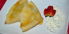 Crepes de fruta fresca con queso mascarpone.
