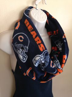 New to Sewdivine77 on Etsy: Chicago Bears infinity fleece scarf (15.00 USD)