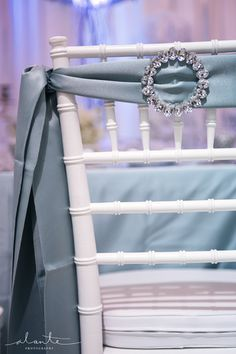 White and Blue Wedding Décor from Grand Event Rentals   Alante Photography