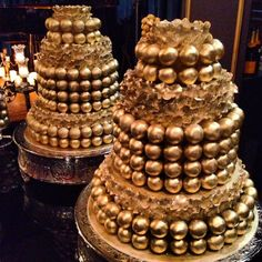 Gold luster dust cake ball cake with fondant ruffles Wood Cupcake Stand, Cupcake Stand Wedding, Fondant Ruffles, Fondant Cakes, Ferrero Rocher Chocolates, Cake Pop Stands, Cake Pops How To Make, Fake Cake, Creative Desserts