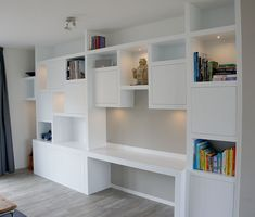 Living Tv, Home Living Room, Cabinet Furniture, Furniture Design, Happy New Home, Small Home Offices, Bedroom Cabinets, Living Room Shelves, Built In Desk