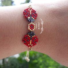 Peyote Patterns, Beading Patterns, Beaded Earrings, Drop Earrings, Seed Bead Crafts, Peyote Beading, Bijoux Diy, Brick Stitch, Bracelet Designs
