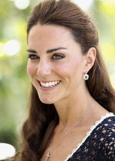Kate Middleton Duchess of Cambridge Earrings by lllllol
