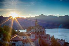 ✫Madonna del Sasso ✫ Una perla sul Lago Maggiore! Eine der Perlen der Region Lago Maggiore!  Foto: © Marco Beltrametti #myasconalocarno #tessin #ticino #switzerland