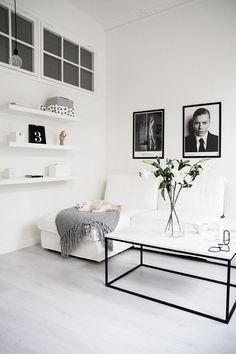 Interiors | Stockholm Apartment (via ):