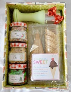 {The Organised Housewife} Ice cream christmas gift box