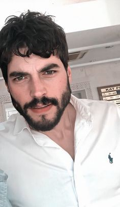 Turkish Men, Turkish Actors, Couple Photoshoot Poses, Aesthetic Boy, Love Quotes For Him, My Crush, Bearded Men, Eye Candy, Handsome