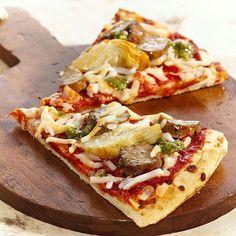 "Vegetarian ""sausage"" pizza with pesto"