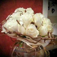 Rose akito,Nocciolo contorto, eucalipto