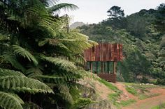 A retreat for film makers. The clients are a couple, a director and director of photography in the film industry, their jobs involve them filming on locatio...