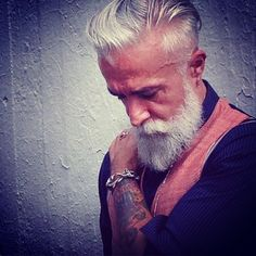 « #alessandromanfredini #DoubleUFrenk #beard #mustache #beardporn #gentleman #model #gioielli #trend #style #riccione #shooting #man #hair #beardexpression… »