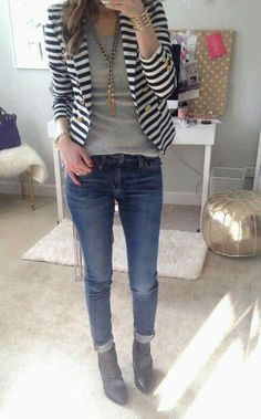 Striped blazer outfit Source by merliboettcher blazer outfit Striped Blazer Outfit, Look Blazer, Blazer With Jeans, Striped Jacket, Cuffed Jeans, Dark Jeans, Blue Jeans, Skinny Jeans, Casual Outfits