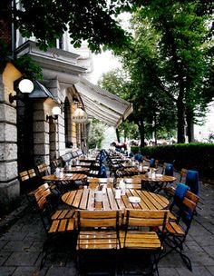Fugazi No 15 - Wittelsbacher Strasse 15 - 80469 Munich - Munich Restaurant - Bar Munich #Kaffeebar