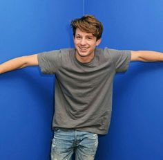 Pinterest // supergirl1231 Cute Celebrities, Celebs, Charlie Puth Music, Bryan White, Dear Future Husband, Best Friend Goals, American Singers, Record Producer, Shawn Mendes
