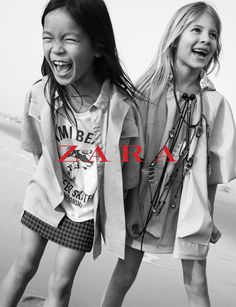 Style up your tots! Take your little ones with you to Zara at Aventura Mall and shop the latest campaign for Kids! Zara Kids, Massimo Dutti Kids, Dope Outfits, Fashion Outfits, Campaign Fashion, Kid Poses, Magazines For Kids, Shooting Photo, Child Models
