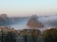 Misty Thames from Richmond Hill © Phill Brown Richmond Upon Thames, Richmond Park, Richmond Hill, St Margaret, Dark Autumn, River Thames, Aerial View, Great Photos, Wildlife