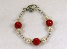 Red Coral and Pearls Glass Lampwork Bracelet #740 $14.00 http://www.artfire.com/ext/shop/studio/HCLTreasures