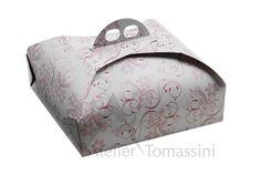 Rosa Mundi Bordeaux #packaging #ateliertomassini #portatorte #pasticceria #scatola #pastry #bakery #design #politenata #politenate #scatole