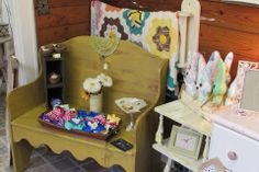 Vintage furniture makeovers with Southern Honey Chawk Paint! www.vintagecharmdecor.com