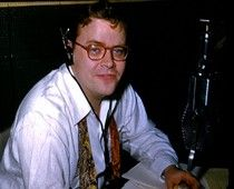 Art Hellyer, Chicagoland's radio icon, has managed to capture a dynamic radio career on MANY radio stations in a celebrity-filled, antics-packed must-read book. Find it on Lulu and Art might just autograph it for you. #examinercom