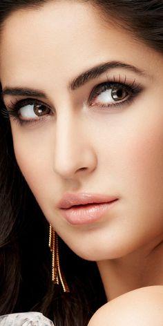 Pin Image by Celebrity Kusmia Beautiful Girl Indian, Most Beautiful Indian Actress, Beautiful Girl Image, Beautiful Hijab, Beautiful Eyes, Katrina Kaif Hot Pics, Katrina Kaif Images, Katrina Kaif Photo, Beauty Full Girl