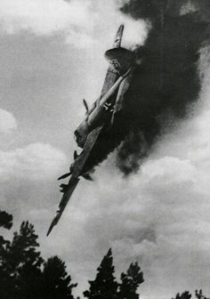 Black and White smoke vintage retro WWII soldier explosion war bomb plane bombing Germany flight Nazi fighter Luftwaffe, World History, World War Ii, Photo Avion, Panzer Iv, Battle Of Britain, War Machine, Military History, Military Aircraft