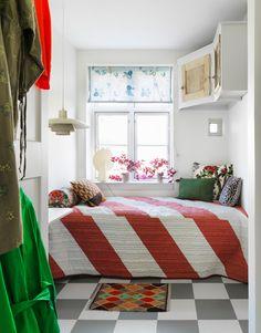 scandinavian interior design Pierre Frey, Scandinavian Interior Design, Vintage Children, Kitsch, Antique Furniture, Vintage Toys, Kids Room, House, Inspiration