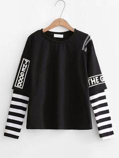 Romwe 2 in 1 gestreiften Ärmel Slogan Top # Kawaii Kleidung 2 in 1 gestreiften Grunge Outfits, Edgy Outfits, Korean Outfits, Rock Outfits, Warm Outfits, Cute Teen Outfits, Teen Fashion Outfits, Outfits For Teens, Punk Fashion