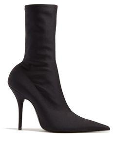 BALENCIAGA Knife Point-Toe Ankle Boots. #balenciaga #shoes #boots