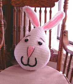 Easter Bunny Pillow free crochet pattern by Sue Pendleton