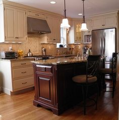 Two Tone Kitchen Cabinet Design Ideas, Pictures, Remodel, and Decor