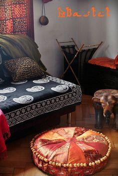My DIY floor pillow :)