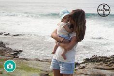 Un gorrito les queda de fábula a los bebés, ¿verdad? En verano hay que extremar el cuidado de la piel. Además de una buena crema solar, es importante la hidratación y nutrición de la piel de tu bebé durante todo el día, especialmente en las áreas más delicadas, como el culito. Debido al calor, el área del culito del bebé, en continuo contacto con el pañal, puede sudar e irritarse con mayor frecuencia. No olvides poner la pomada protectora en la maleta cuando estés fuera de casa.