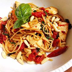 Capellini with Pine Nuts, Sun-Dried Tomatoes, and Chicken http://www.prevention.com/weight-loss/flat-belly-diet/healthy-chicken-dinner-recipes-for-a-flat-belly/slide/7