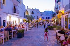 Ibiza Travel, Spain Travel, Italy Tourism, Spanish Islands, Tourism Marketing, Travel Destinations, Travel Tips, Tourism Industry, Balearic Islands