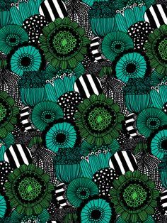 Green flowers for days as far as the eye can see | @Brent Hannah Republic x Marimekko