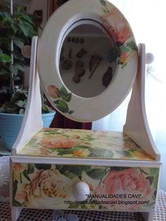 Decoupage Wood, Arts And Crafts, Paper Crafts, Free Stuff By Mail, Design Crafts, Painting On Wood, Decoration, Shabby, Diy