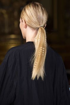 Best Spring 2015 Runway Hair Trends - Top Hairstyles For Spring Long Tails at Stella McCartney - L. - Hairstyles Hair Ideas, Cut And Colour Inspiration 2015 Hairstyles, Ponytail Hairstyles, Crimped Hairstyles, Medium Hairstyles, Beach Hairstyles, Casual Hairstyles, Men's Hairstyle, Wedding Hairstyles, Hair Styles 2016