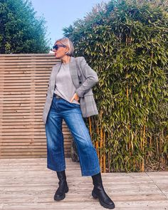 Blazer, tee, wide leg jeans and boots | For more style inspiration visit 40plusstyle.com Wide Pants, Wide Leg Jeans, Jeans And Boots, Normcore, Style Inspiration, Blazer, Tees, How To Wear, Stuff To Buy